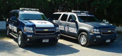 Police Car Photos - Suburban 2009 Mexican Police