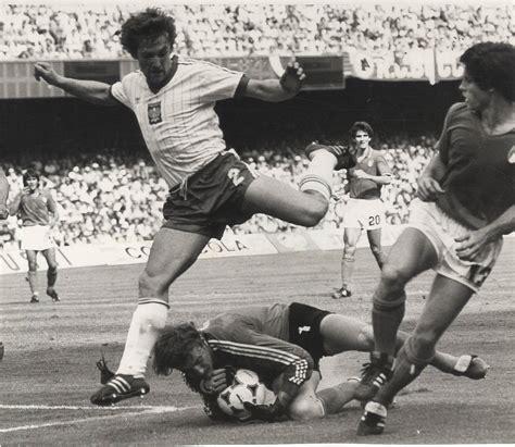 Polônia x Itália   Semifinal Copa do Mundo FIFA 1982 ...