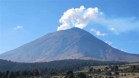 Popocatépetl e Iztaccíhuatl - Paso de Cortés - YouTube