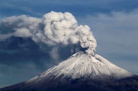 Popocatepetl volcano explodes three times in the last 24 ...