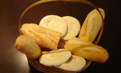 Por qué el pan blanco es más barato que el pan integral ...