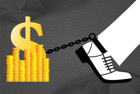 ¿Por qué los mexicanos no usan los bancos? | Alto Nivel