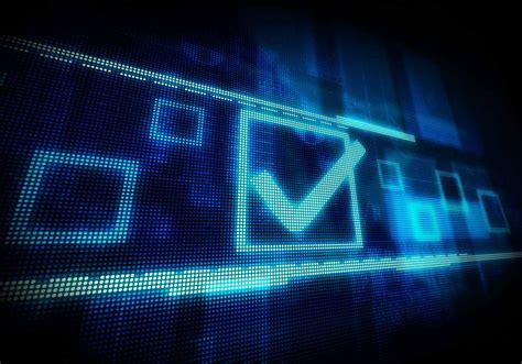 ¿Por qué no podemos votar online?   Panda Mediacenter