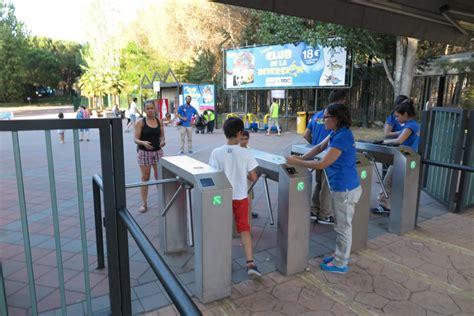Precio de las entradas al Parque de Atracciones ...