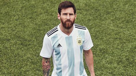 Presentaron la camiseta que usará la Selección en Rusia ...