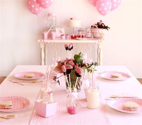 Primer cumpleaños de niña: decoración en rosa bebé - Blog ...