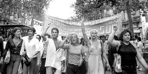 Primer Orgullo organizado en España   Orgullo LGTB: Una ...