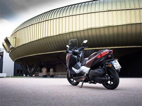 Prueba Yamaha X-MAX 300 2017: dame MAX | Motos | Yamaha ...
