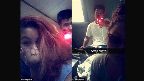 Publica fotos en Snapchat de su novio apuntándole en la ...