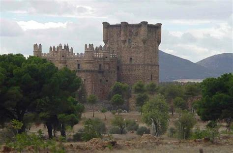 Pueblos con encanto en Toledo   El Capricho de los Montes