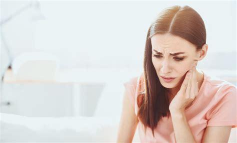 ¿Puede el dolor de muelas causar dolor de garganta?