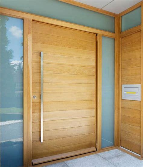 Puerta entrada madera – Materiales de construcción para la ...