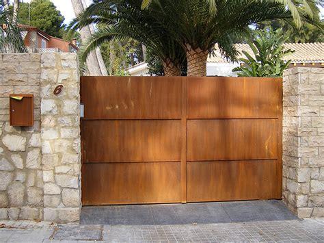 Puerta Exterior en Acero Corten - ArtMeval