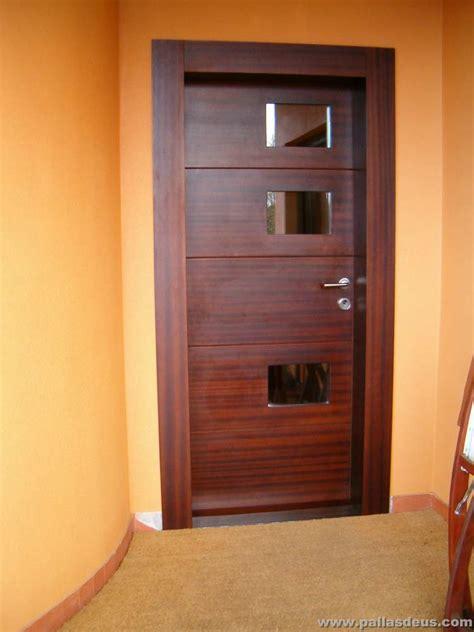 Puertas de entrada A Coruña - Carpintería Pallas Deus