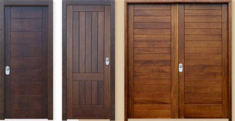 Puertas de entrada de madera maciza – Materiales de ...