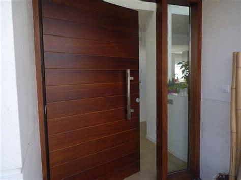 Puertas de entrada de madera - Thisan