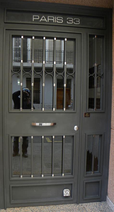 Puertas de hierro comunidad   GRUPO INOXMETAL ...