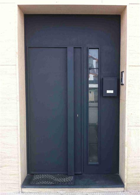 Puertas modernas, puerta de entrada con estilo moderno y ...