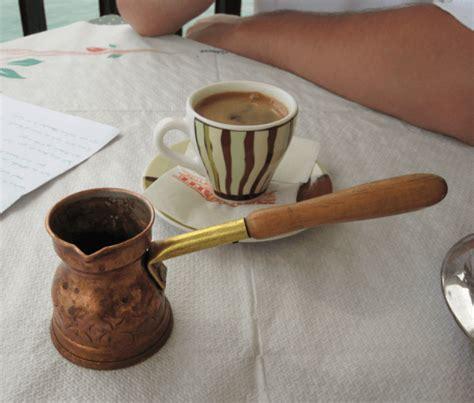 ¿Qué Es el Café Turco y Cómo Se Toma? - ComprarMiCafetera.com