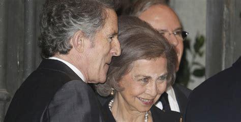 Que fuerte!!... La Reina Sofía y Alfonso Díez, ex de la ...