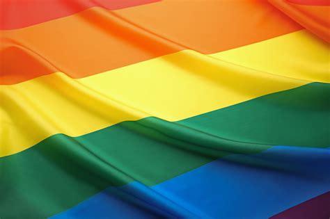 ¿Qué significan los colores de la bandera LGBT? – Sopitas.com