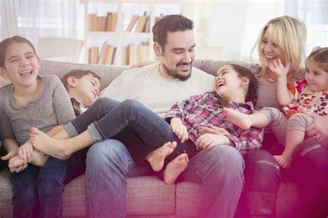 ¿Qué ventajas tenemos si somos familia numerosa? | Mamás y ...