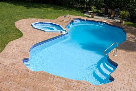 Quer uma piscina? Confira 5 razões para investir em ...