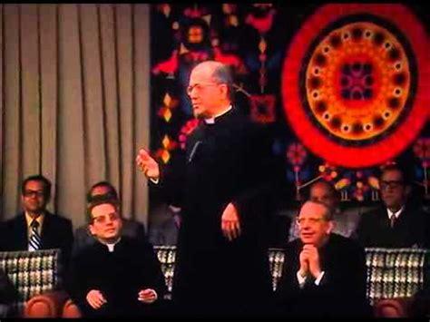 ¿Quiénes pueden ser del Opus Dei?   YouTube