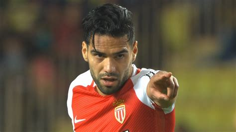 Radamel Falcao nets Monaco winner with amazing free-kick ...