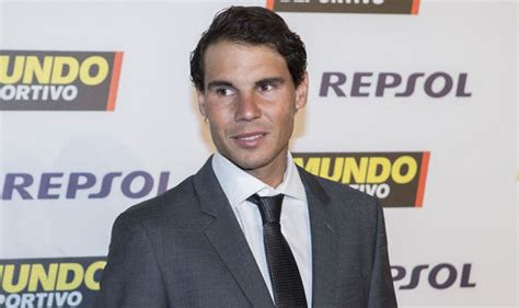 Rafael Nadal did THIS to congratulate Roger Federer for ...