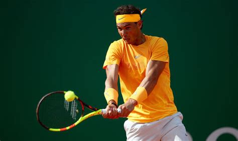 Rafael Nadal vs Dominic Thiem: Nadal storms through in ...