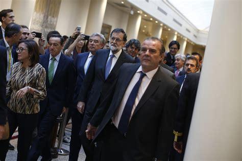 Rajoy convoca elecciones en Cataluña el 21 de diciembre ...