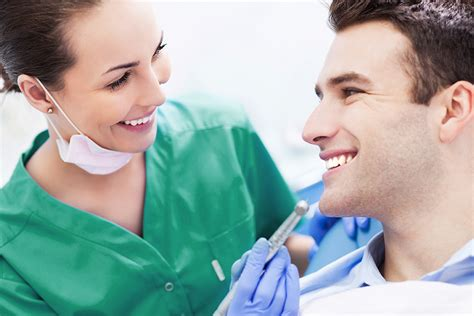 Razones para contratar un seguro dental | Sanitas