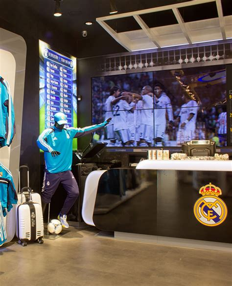 REAL MADRID OFFICIAL STORE | CREAPROJECTS