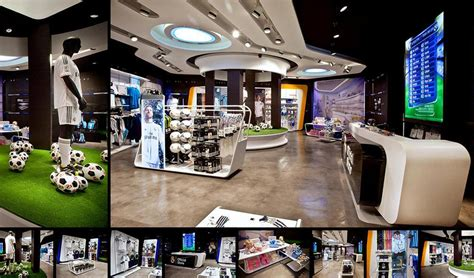 Real Madrid Official Store in Gran Via 31, Spain by sanzpont