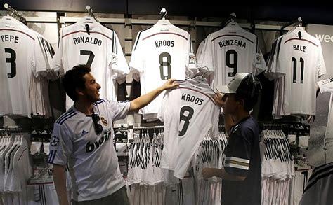 Real Madrid: Se agotan las camisetas de Kroos en la tienda ...