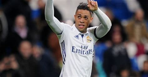 Real Madrid stick €15m fee on reported Tottenham target ...