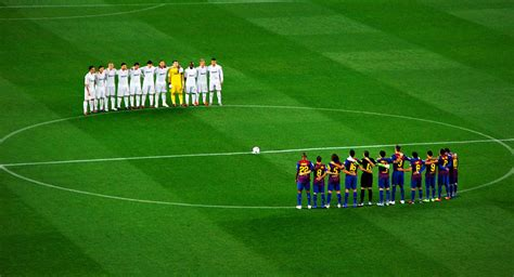 Real Madrid v Barcelona in trophies: Which club has won ...