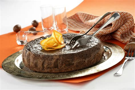 Receta de Bizcocho de chocolate con naranja • Gurmé