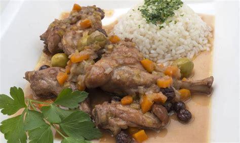 Receta de Conejo en salsa con arroz blanco - Karlos Arguiñano