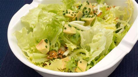 Receta de Ensalada de aguacate y maíz frito - Karlos Arguiñano