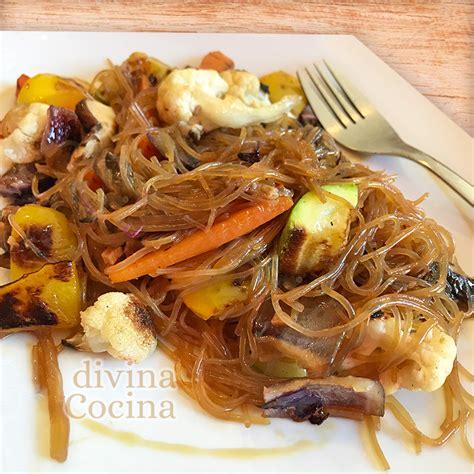 Receta de fideos chinos salteados con verduras - Divina Cocina