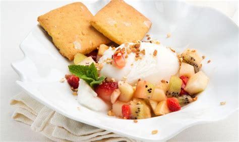 Receta de Galletas de mandarina con helado y macedonia ...