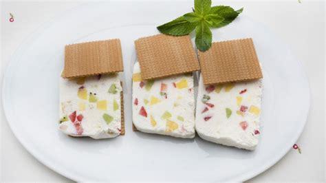 Receta de Helado de yogur con frutas - Eva Arguiñano