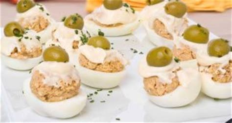 Receta de Huevos rellenos de champiñones   Karlos Arguiñano