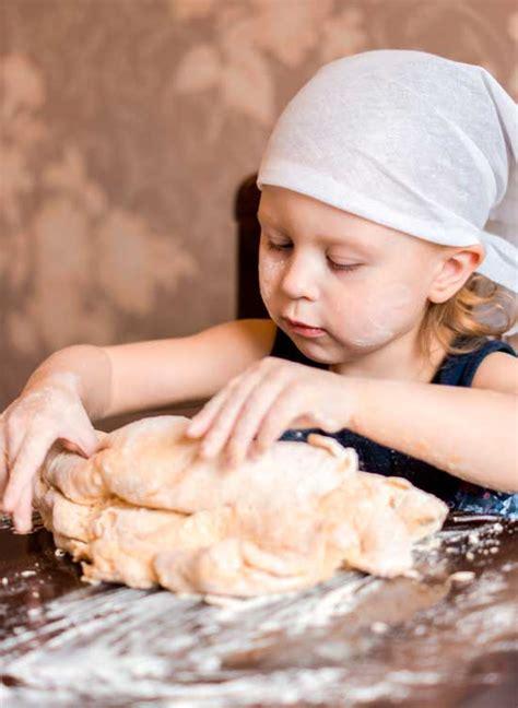 Receta de pan fácil. Receta infantil.