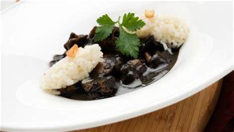 Receta de Sepia en su tinta con arroz blanco - Karlos ...