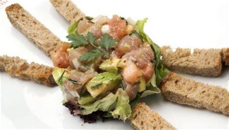 Receta de Tartar de bonito y aguacate - Karlos Arguiñano