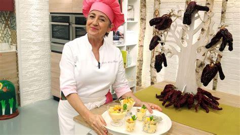 Receta de Vasitos de yogur y fruta - Eva Arguiñano