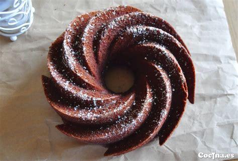 Receta: macetas con bizcocho de chocolate, naranja y ...